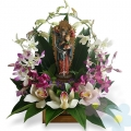 Arrangement of orchids Virgen María