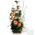 Arrangement with Roses Canelle